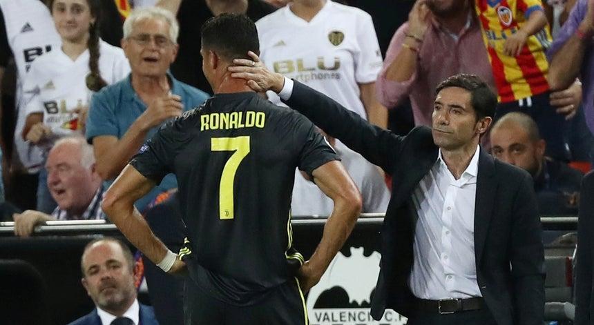 768424a389 Allegri diz que vídeoárbitro teria ajudado na expulsão de Ronaldo ...