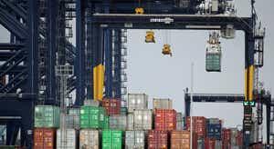 OCDE. Riqueza mundial vai sair do vermelho e crescer 5,6% em 2021