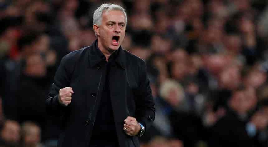 José Mourinho comemora 20 anos de carreira