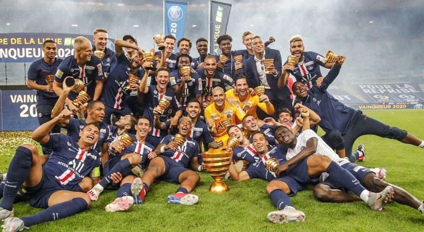 O PSG venceu a Taça da Liga e fez o pleno de vitórias competições da época 2020-2021