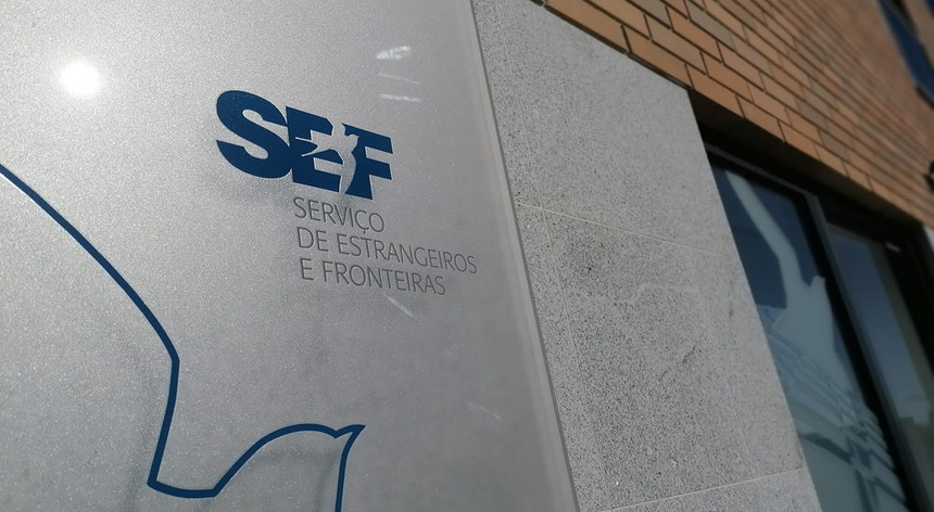 Inspetores e funcionários do SEF lutam contra a extinção do organismo
