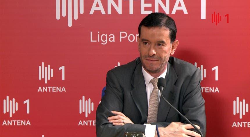 Miguel Frasquilho diz que os atrasos dos voos se devem muito à saturação do aeroporto de Lisboa