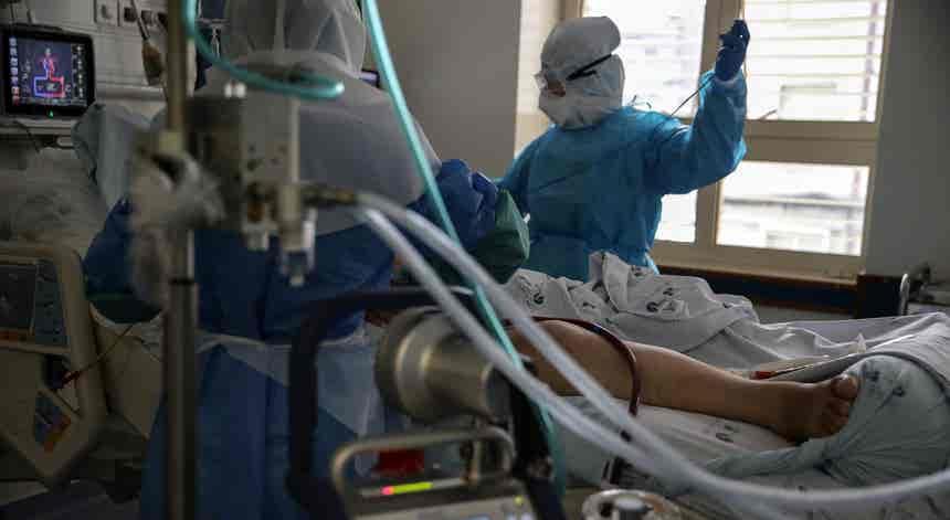Covid-19. Pode ser preciso transferir doentes da região de Lisboa nas próximas semanas