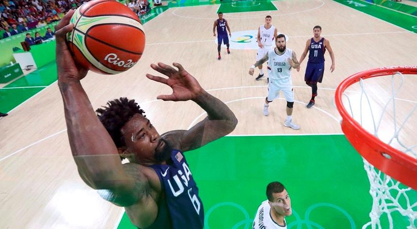 O basquetebolista norte-americanos DeAndre Jordan durante os Jogos Rio2016