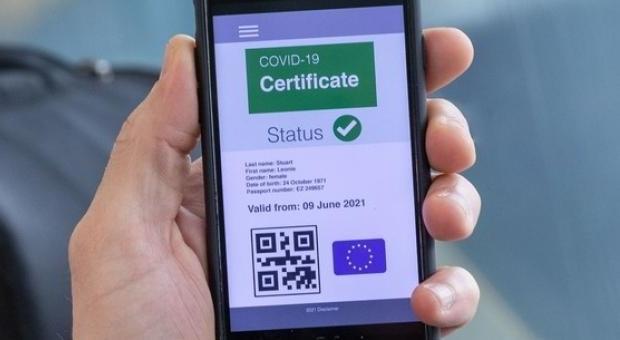 Costa em Bruxelas para assinar certificado digital