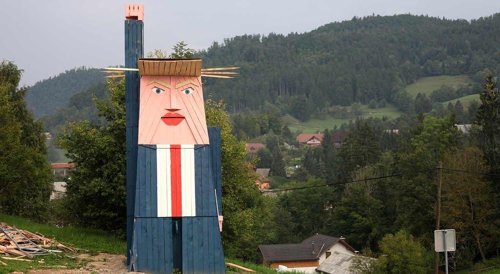 """Trump, a """"Estátua da Liberdade"""" da Eslovénia"""