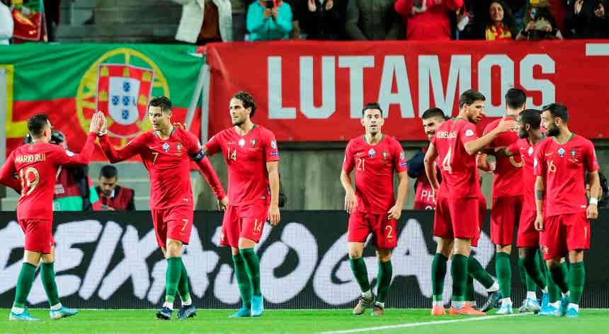 Euro 2020. Portugal goleia Lituânia com três golos de Ronaldo