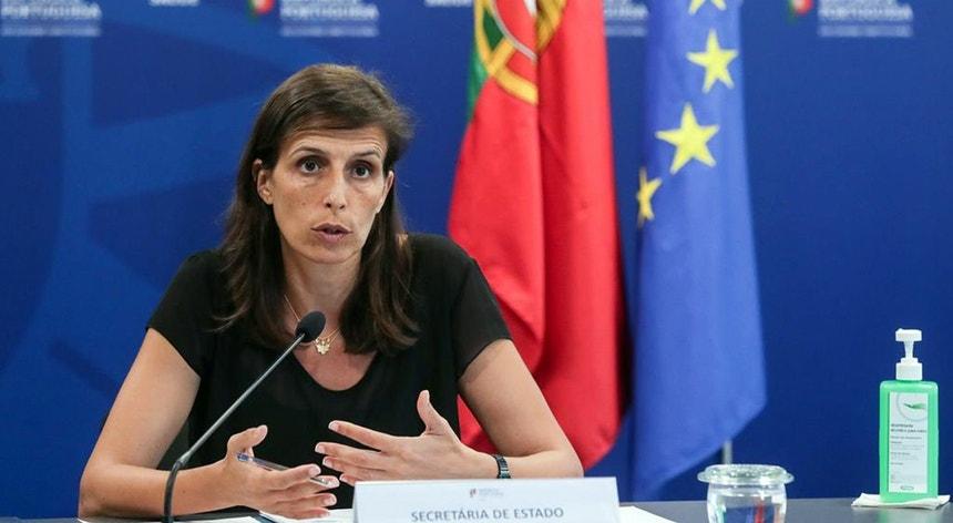 Jamila Madeira, antiga líder da Juventude Socialista, eurodeputada e dirigente do PS, sai das funções de secretária de Estado Adjunta e da Saúde