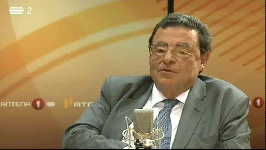 Eduardo Paz Ferreira, Professor Cate...