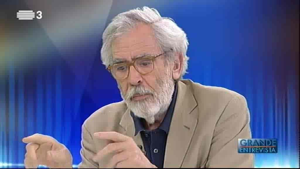 António Barreto...