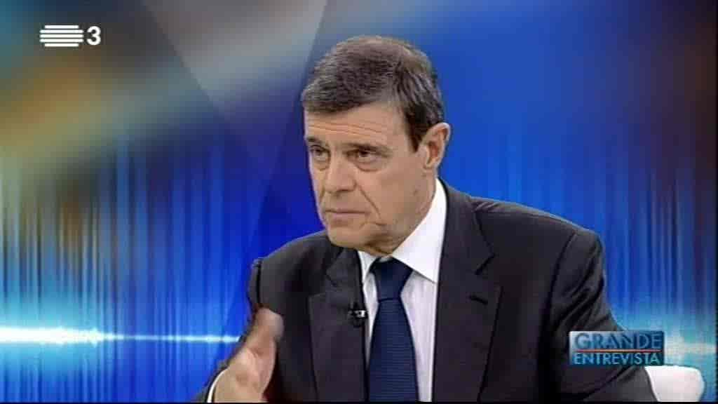 Luís Portela...
