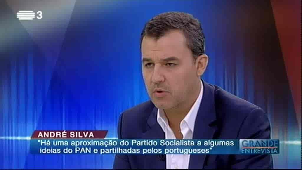 André Silva...