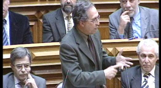 António Guterres interpelado sobre economia