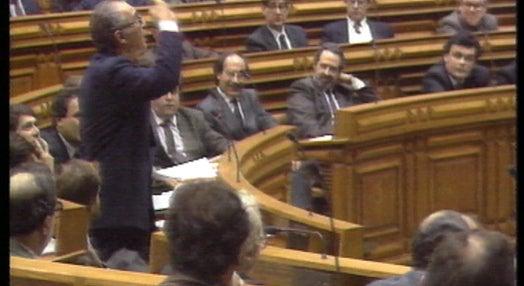Debate na Assembleia sobre próximos candidatos presidenciais