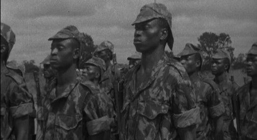 Cerimónia de apresentação de companhias de milícias na Guiné Bissau