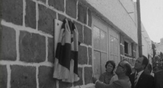 Descerramento de lápide no Desportivo de Lourenço Marques
