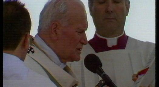 João Paulo II celebra missa em Lisboa