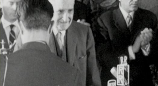 Mocidade Portuguesa Homenageia Oliveira Salazar